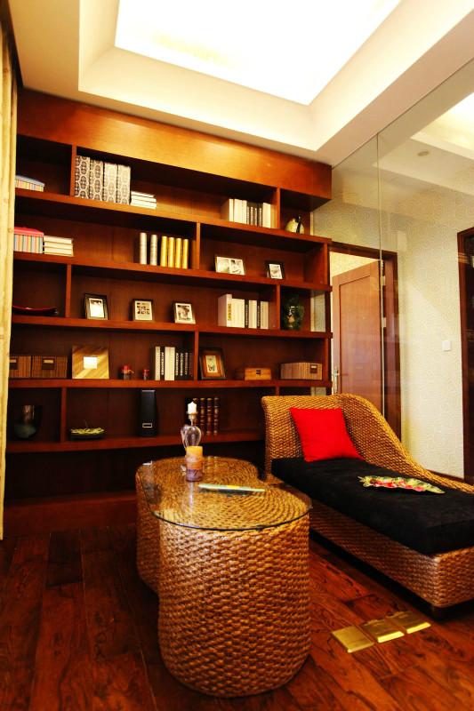 书房休闲区