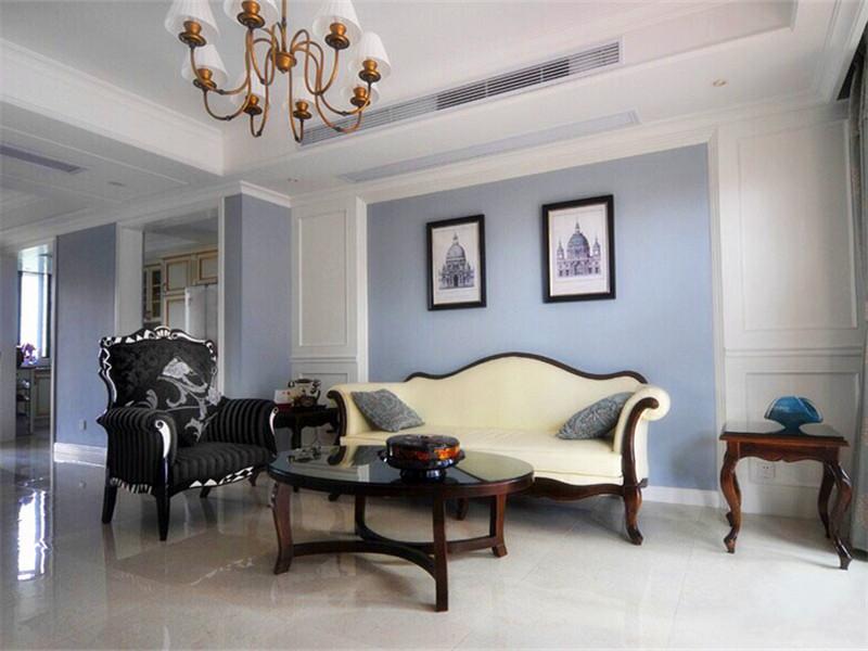 設計說明:本案例是優雅的美式風格裝修效果圖。設計師讓白色天花板與灰藍色墻面的完美結合,營造出一種優雅的簡單生活!