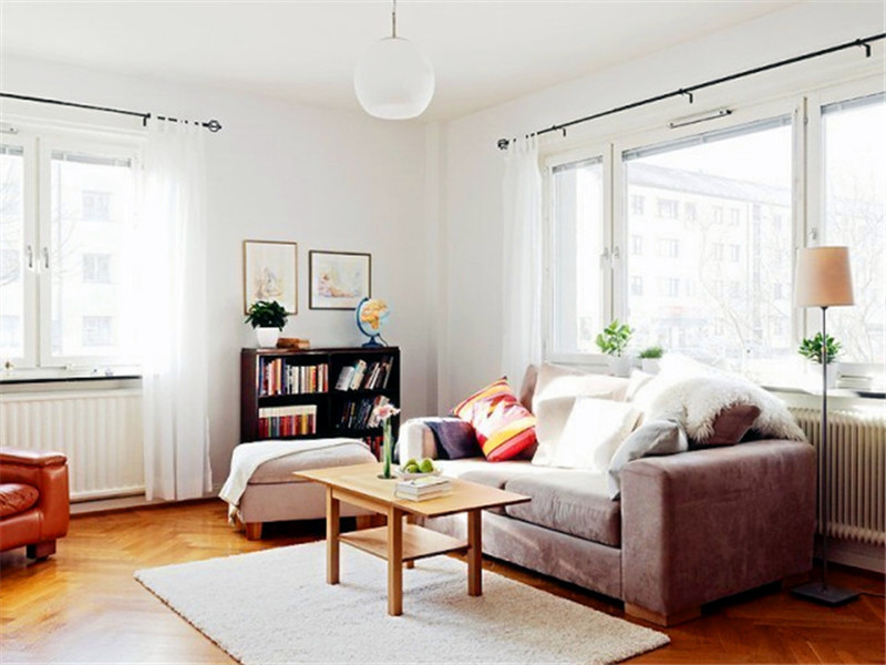 設計說明:全房無吊頂無石膏線裝飾,但因為設計師的巧妙用心,不僅不顯得單調反而讓人特別舒適。