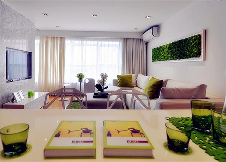 設計理念:本案例是現代簡約風格裝修效果圖。簡約風格認為,無論房間多大,一定要顯得寬敞。不需要繁瑣的裝潢和過多家具,在裝飾與布置中最大限度的體現空間與家具的整體協調。造型方面多采用幾何結構,這就是現代簡約主義時尚風格。