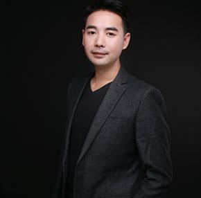设计总监- 郑林