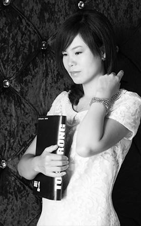 首席设计师-张玉荣