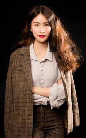 首席设计师-胡雁莎
