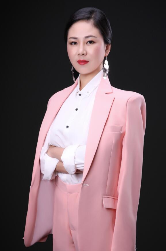 主任设计师-胡琼