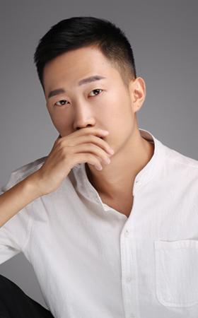 首席设计师-郑坤