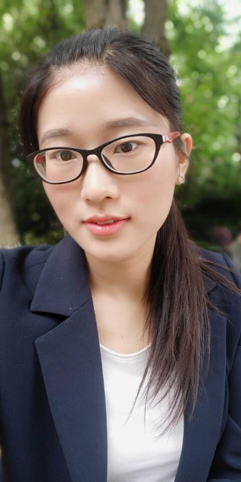 首席设计师-李佳贞