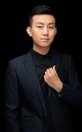 主创设计师-张峰
