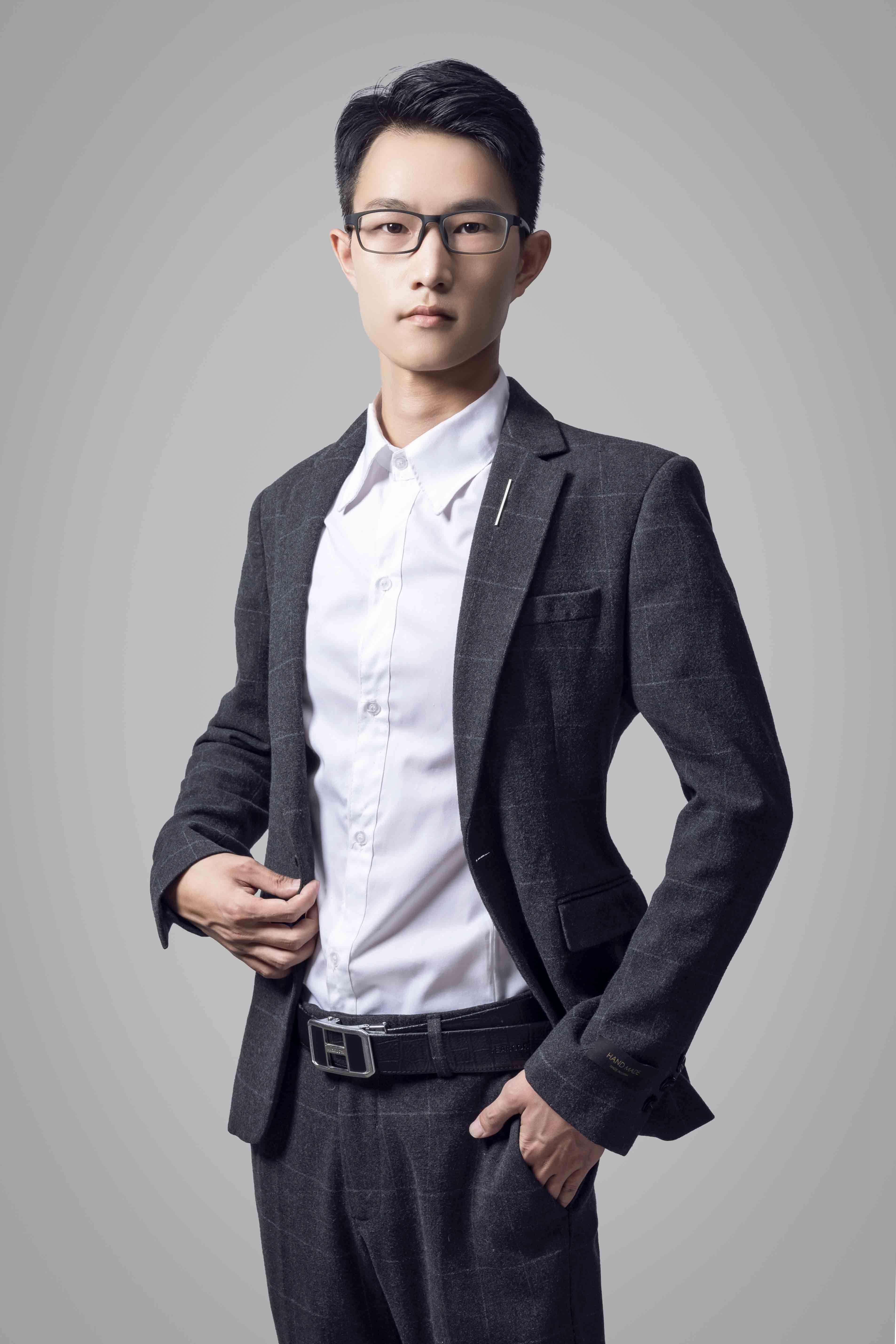 主任设计师-李志强