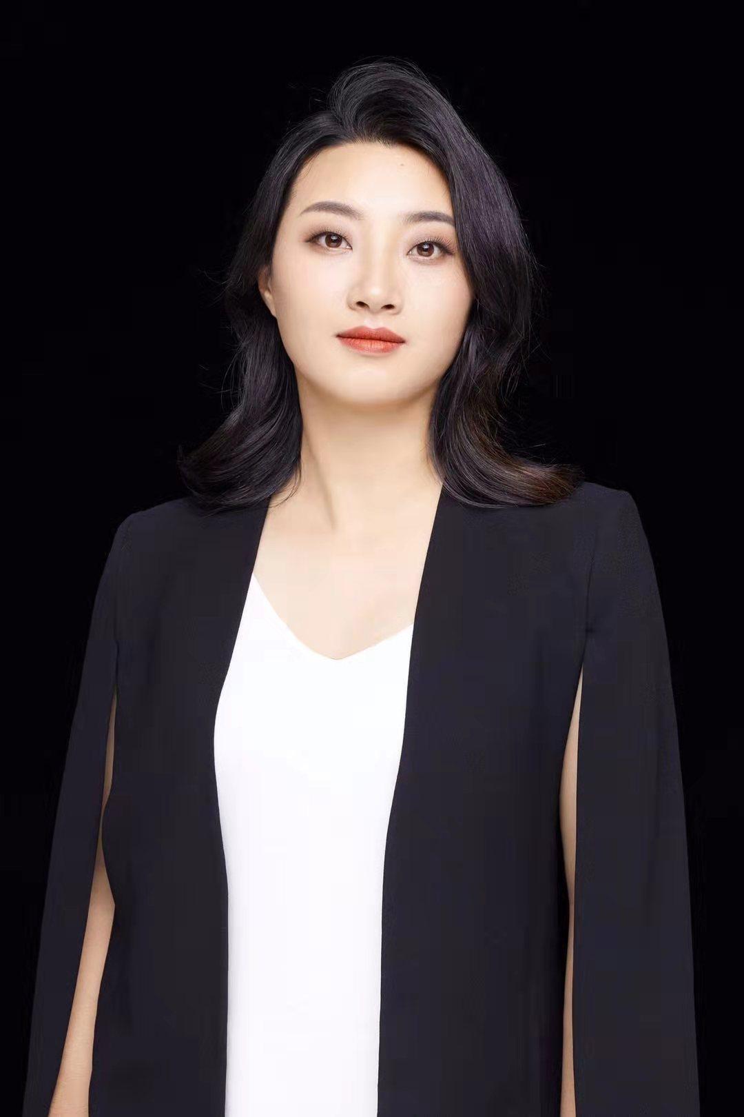 主创设计师-曹琳琳