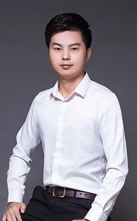 首席设计师-李晓东