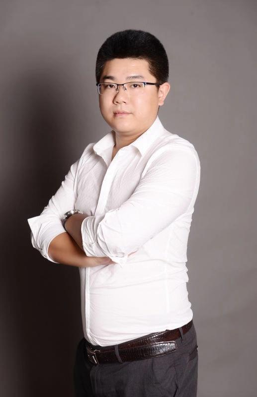 主任设计师-李小吉