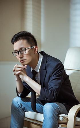 优秀设计师-杨涌