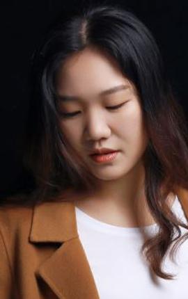 资深设计师-胡春莲